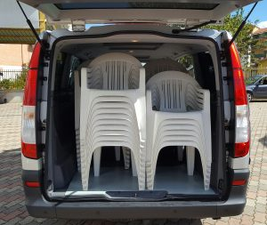 noleggio-furgone-9-posti-extra-comfort-caravan-3