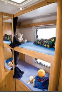 noleggio-camper-6-posti-caravan-superbrig-4