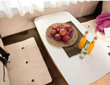 noleggio-camper-5-7-posti-extra-comfort-caravan-nehmo-interni6