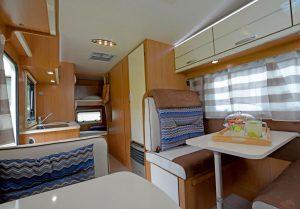 seal 8-7-posti-extra-comfort-casaletto-cosenza-camper-noleggio